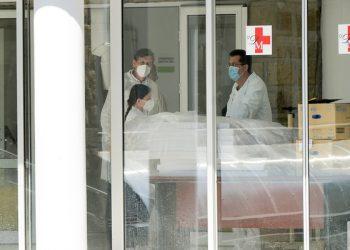 Beograd, 9. aprila 2020.- U kovid bolnici KBC Dragisa Misovic trenutno je hospitalizovano 259 pacijenata obolelih od korone, a 40 je na respiratorima. FOTO TANJUG/ ZORAN ZESTIC/ nr