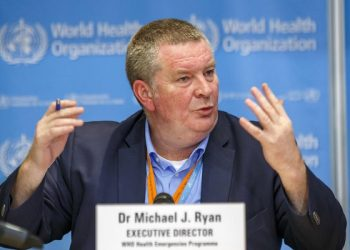 epa08281834 Michael Ryan, Executive Director of WHO's Health Emergencies programme, informs the media about the last updates regarding on the novel coronavirus COVID-19 during a new press conference, at the World Health Organization (WHO) headquarters in Geneva, Switzerland, 09 March 2020.  EPA-EFE/SALVATORE DI NOLFI