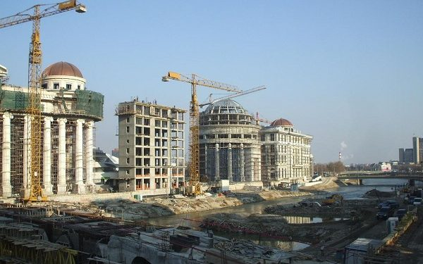 Skopje 2014, Mass building site - by Deian Vladov / HBS / licence: CC-BY-NC-ND 2.0