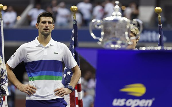 epa09464643 Novak Djokovic of Serbia reacts during the trophy ceremony after the men's final match on the fourteenth day of the US Open Tennis Championships at the USTA National Tennis Center in Flushing Meadows, New York, USA, 12 September 2021. The US Open runs from 30 August through 12 September.  EPA-EFE/JUSTIN LANE